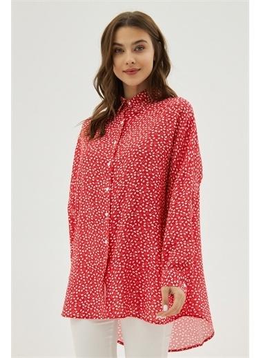 Pattaya Pattaya Kadın Oversize Viskon Uzun Kollu Gömlek P21S201-2260 Kırmızı
